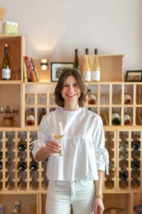 Karin Eckert, Mainz-Eberheim, Jungwinzerin, Sommelier, Qualität, Frankreich, frankophil, Wein, Mode,